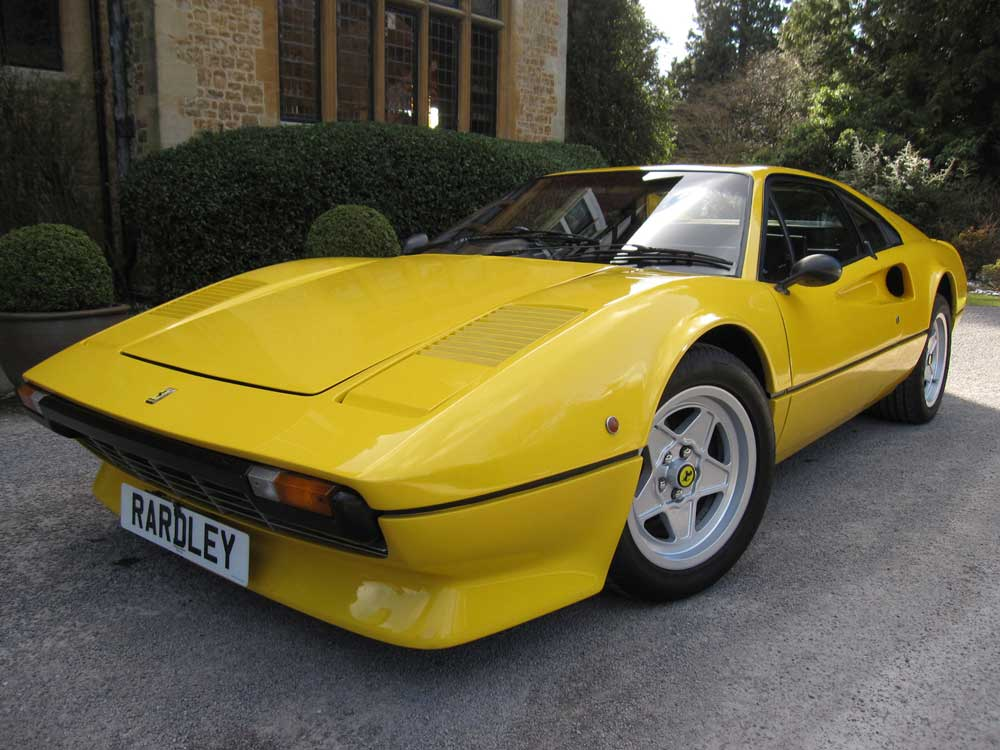 Update -1976 Ferrari 308 GTB in fibreglass