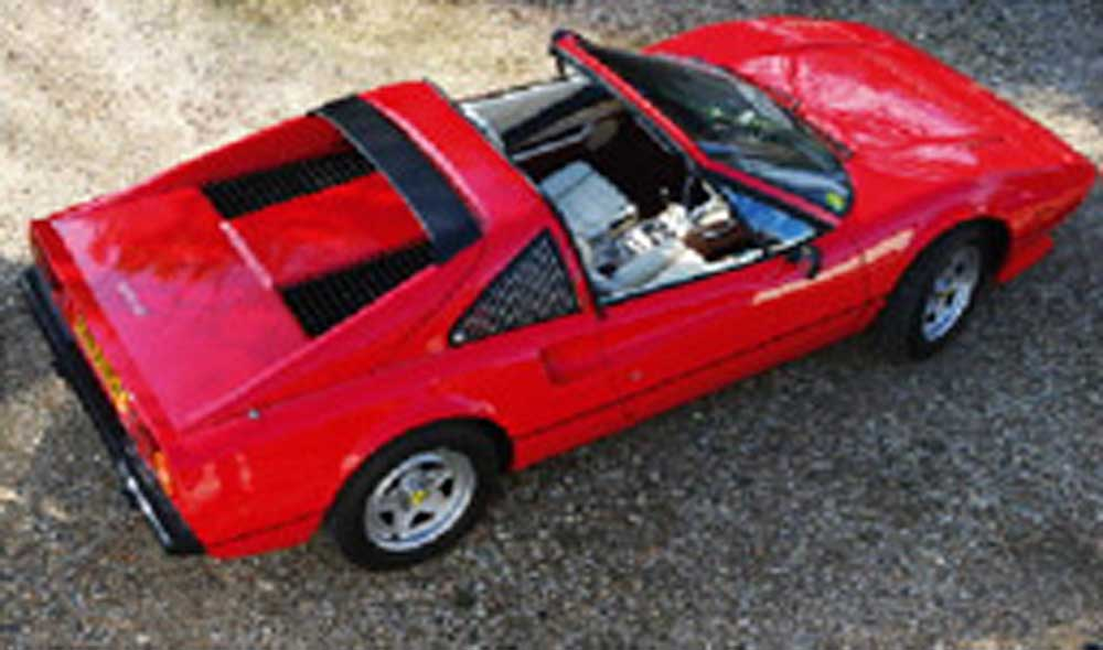 Benzina classic Ferrari hire - Our beautiful Ferrari 308 GTS QV